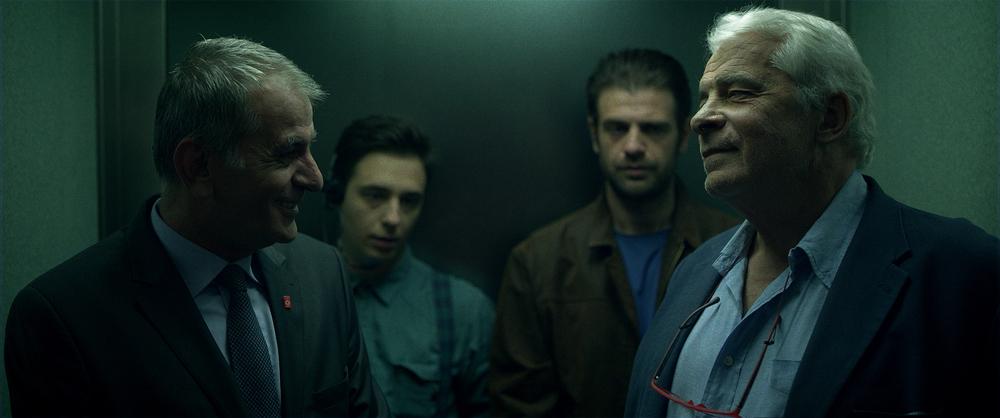 Death in Sarajevo: Jacques Weber e Izudin Bajrovic in una scena del film