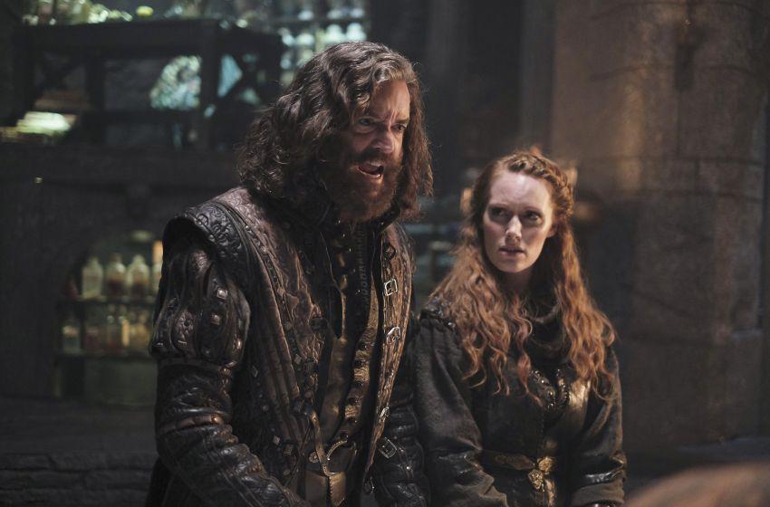 Galavant: Clare Foster e Timothy Omundson in una foto della seconda stagione