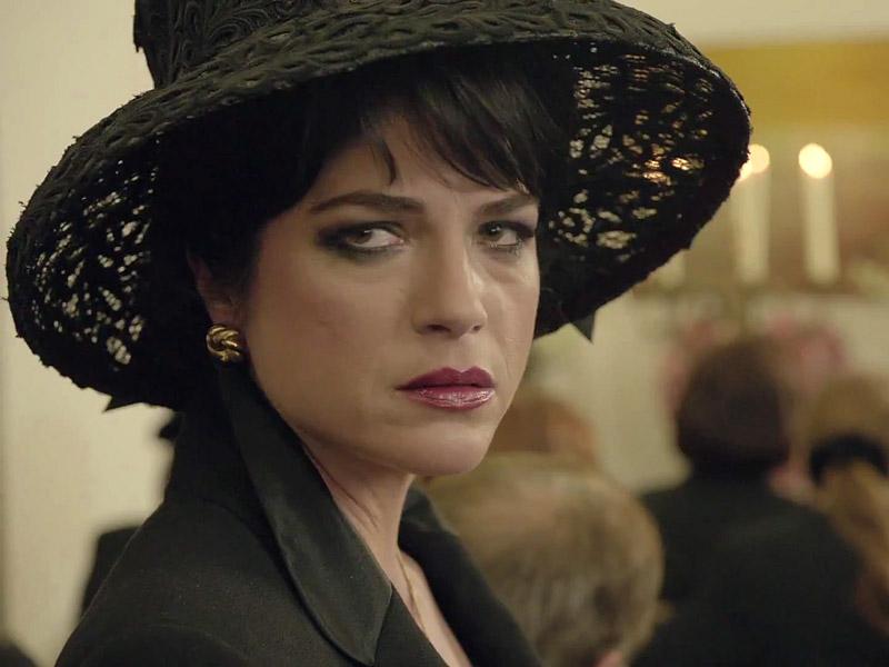 American Crime Story: The People v. O.J. Simpson - L'attrice Selma Blair ha il ruolo di Kris Jenner