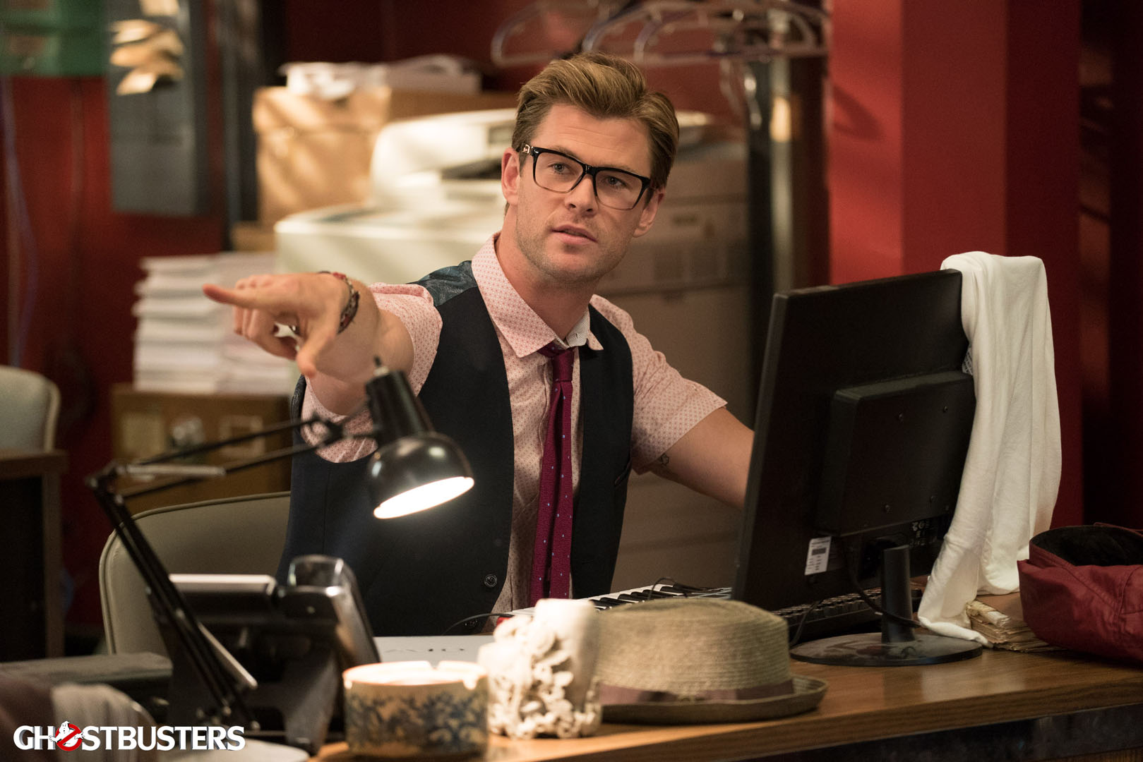 Ghostbusters: un'immagine di Chris Hemsworth