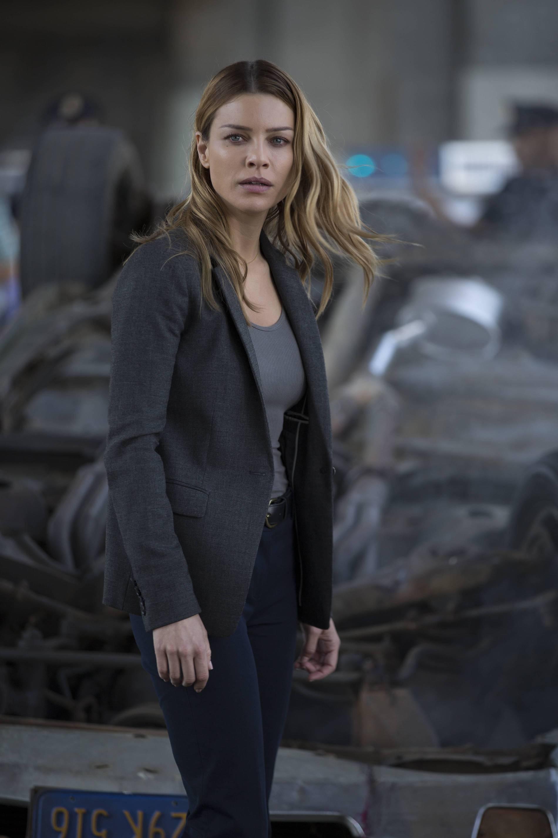 Lucifer: l'attrice Lauren German interpreta Chloe