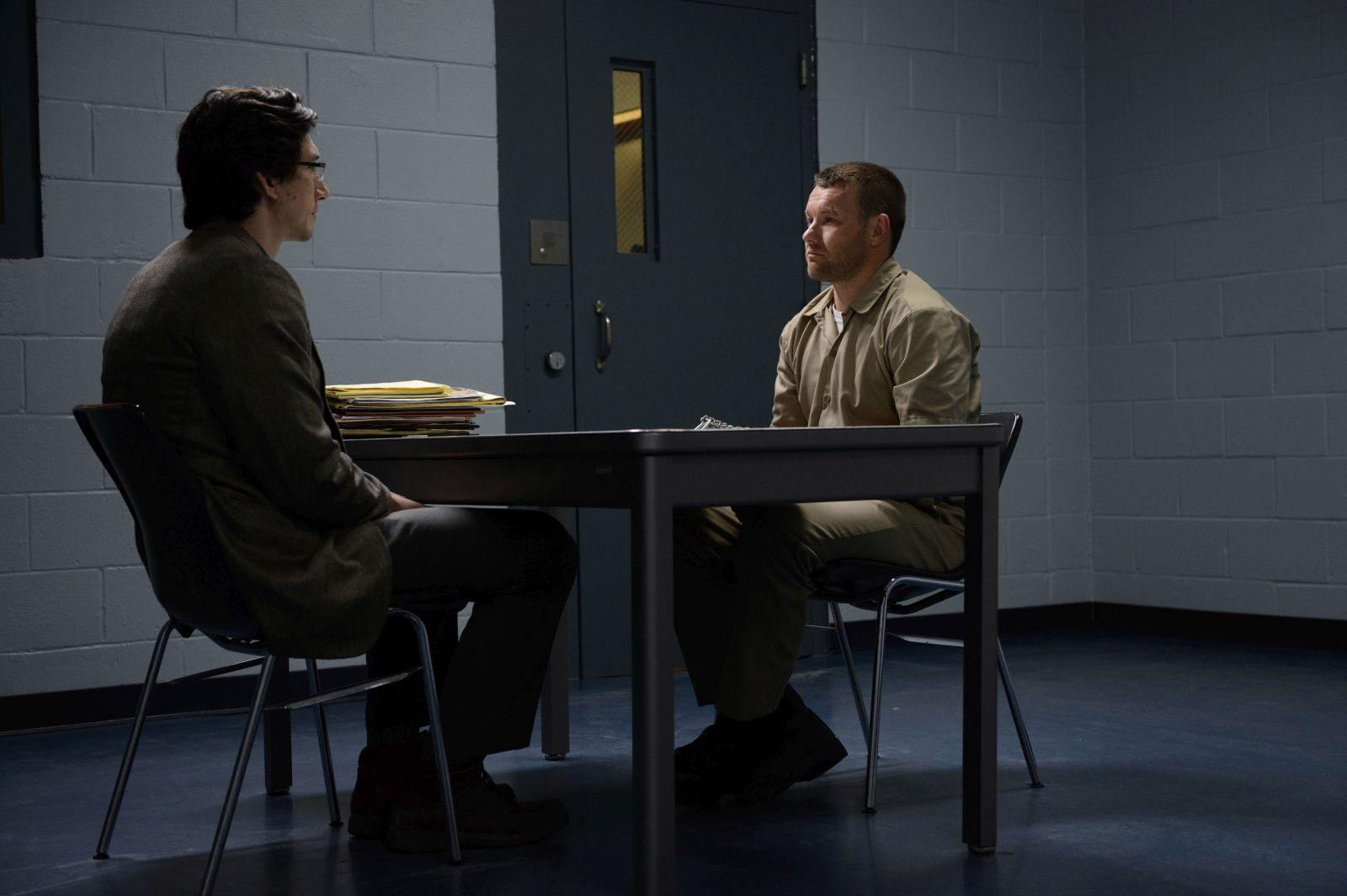 Midnight Special: Adam Driver e Joel Edgerton in una scena del film