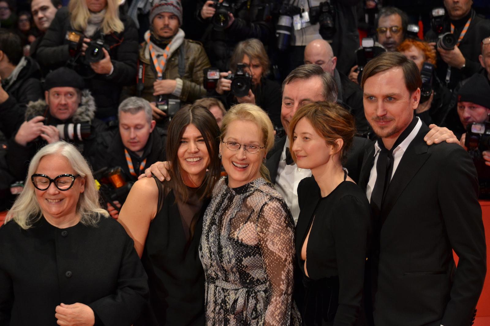 Berlino 2016:Meryl Streep, Alba Rohrwacher, Lars Eidinger,Nick James, Brigitte Lacombe sul red carpet