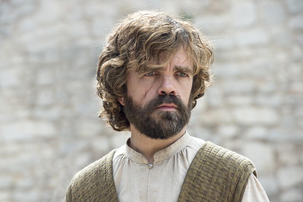 Il trono di spade: l'attore Peter Dinklage in una foto della season première