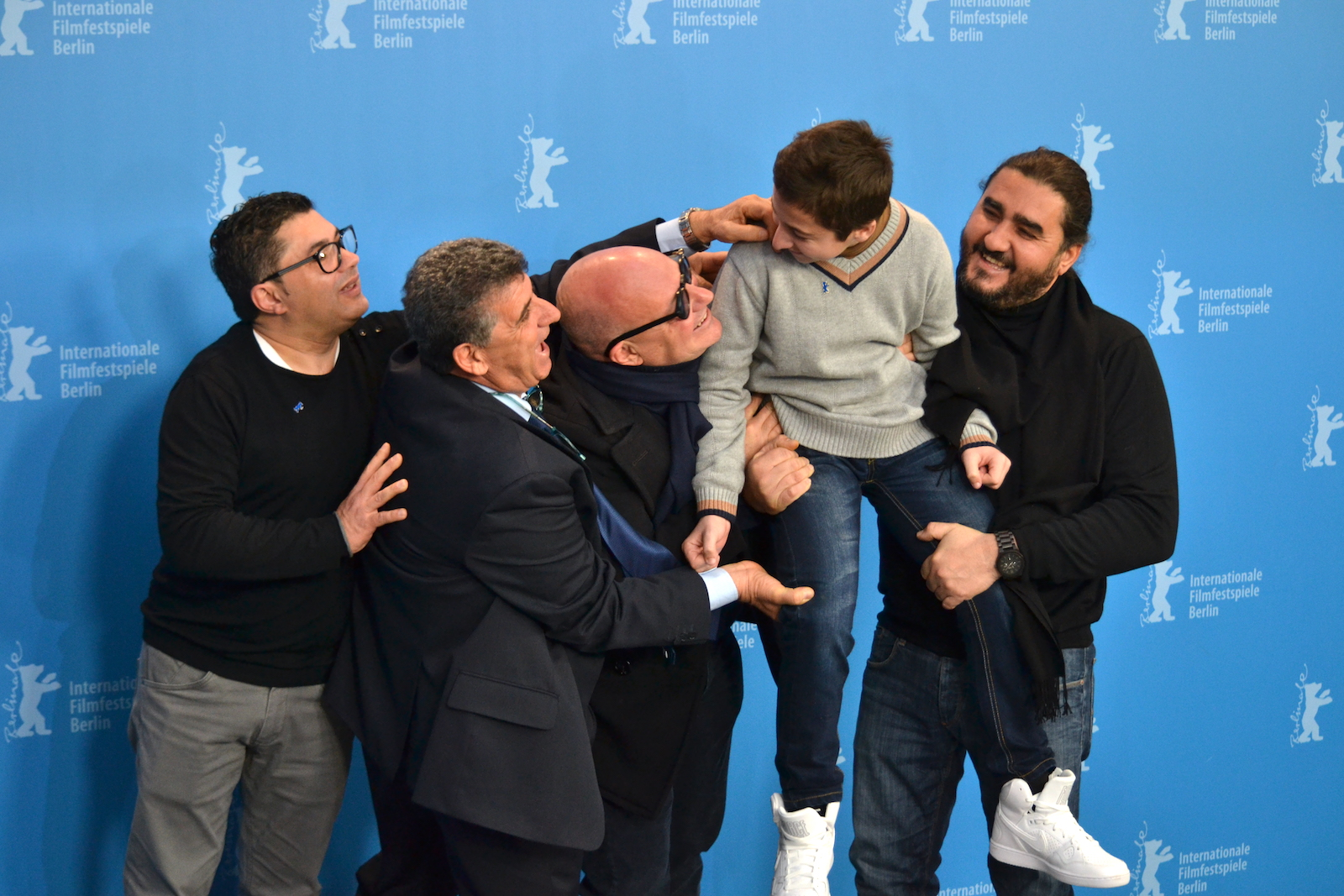 Berlino 2016: Samuele Puccillo, il regista Gianfranco Rosi, Pietro Bartolo al photocall di Fuocoammare