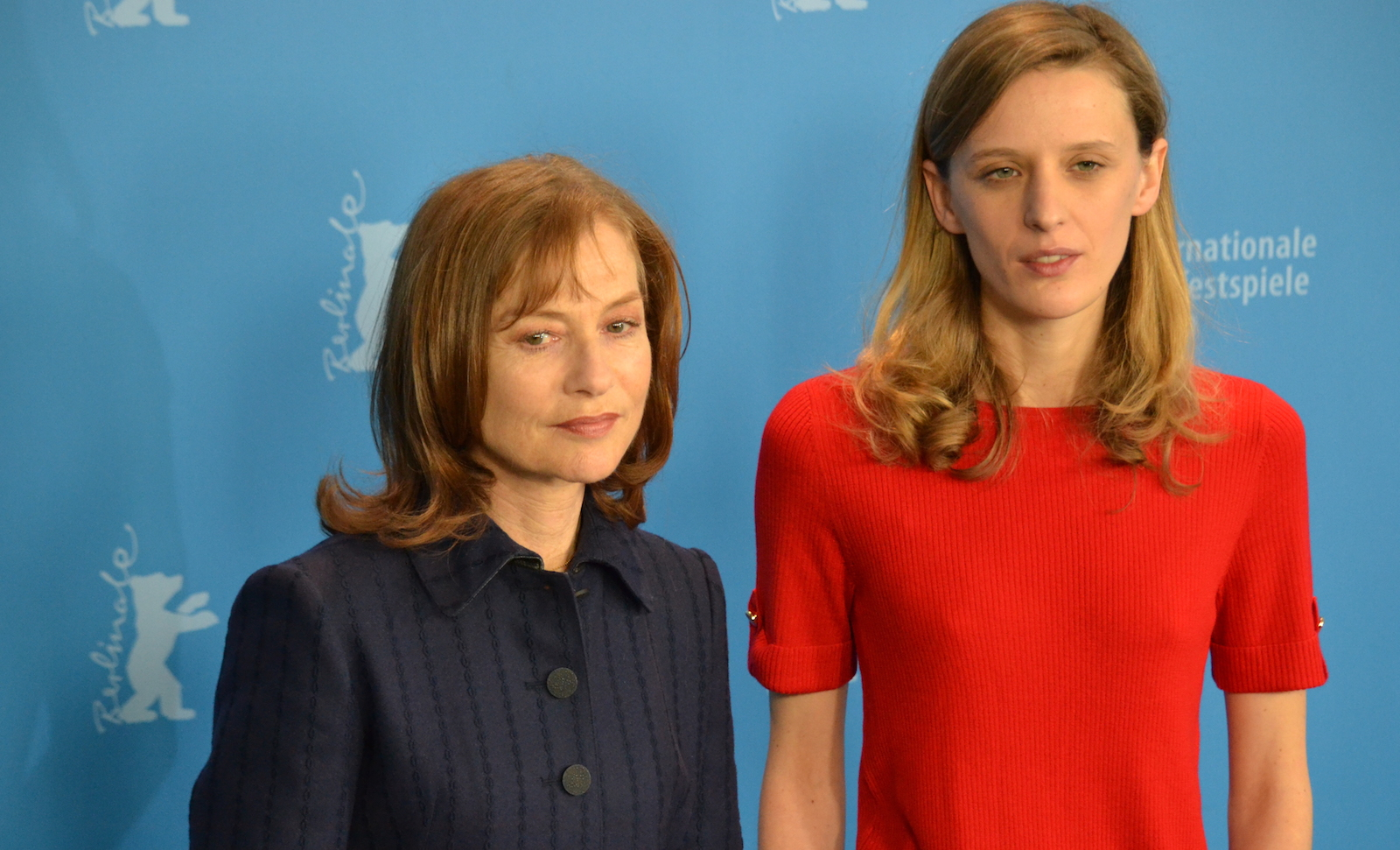 Berlino 2016: Mia Hansen-Løve e Isabelle Huppert al photocall di Things To Come