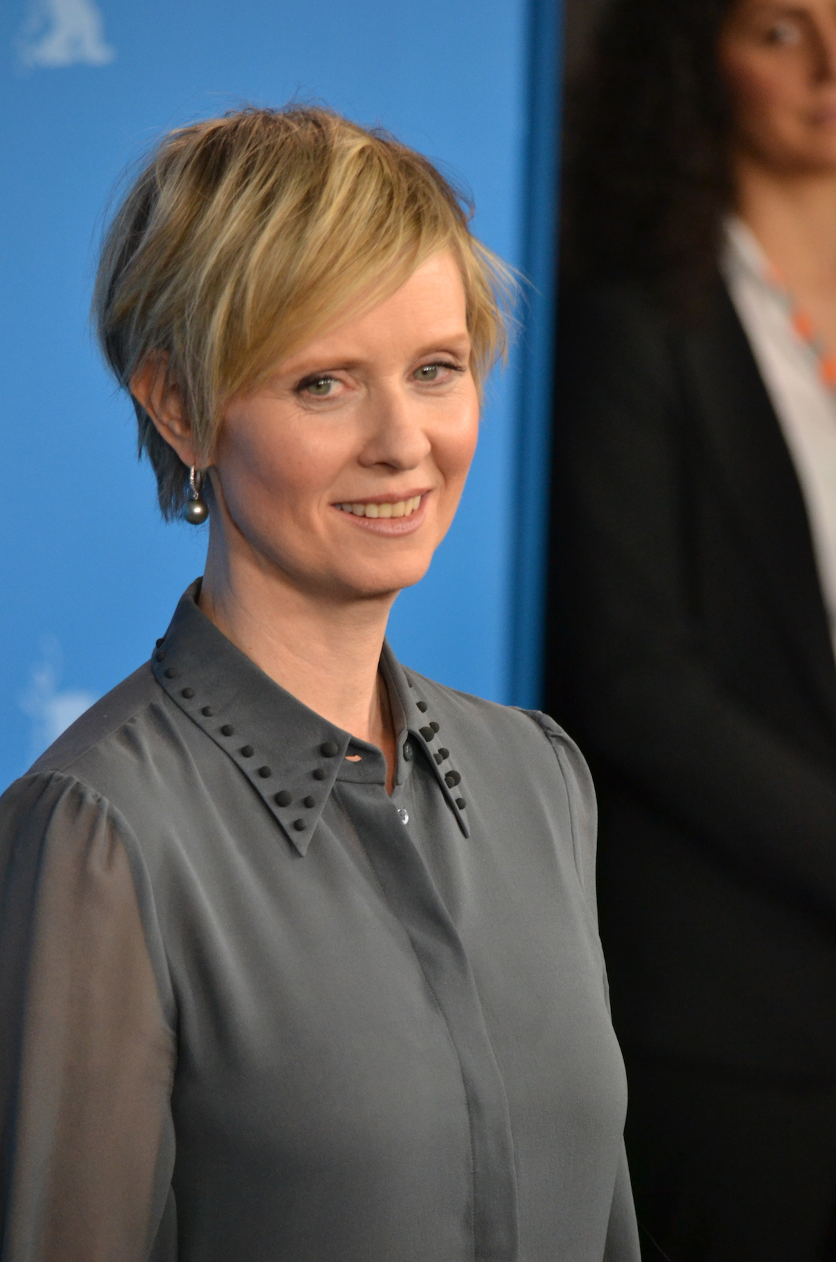 Berlino 2016: Cynthia Nixon durante il photocall di A Quiet Passion