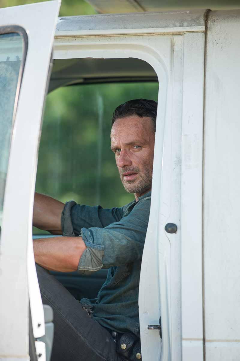 The Walking Dead: l'attore Andrew Lincoln interpreta Rick in The Next World