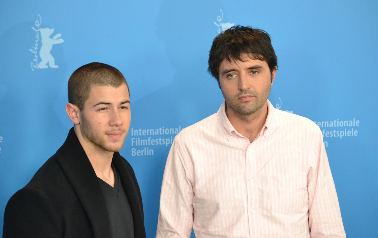 Berlino 2016: Nick Jonas e Andrew Neel al photocall di Goat