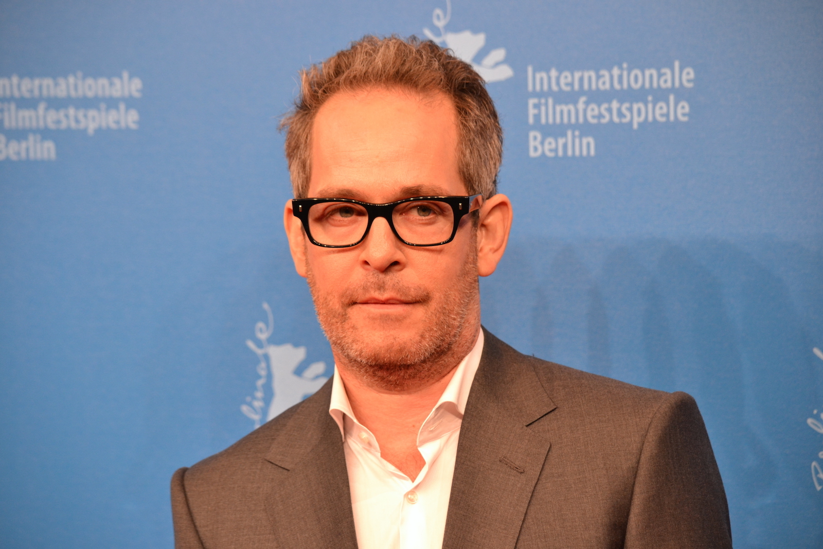 Berlino 2016: Tom Hollander sul red carpet di The Night Manager