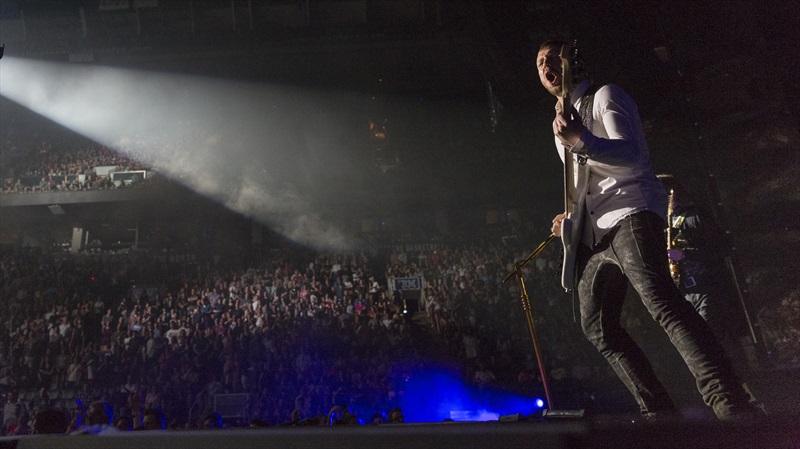 Imagine Dragons - Smoke + Mirrors Live: una scena del live