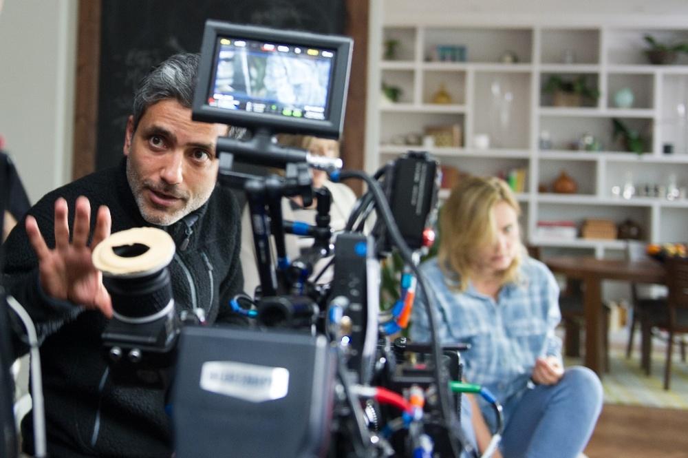 Attacco al potere 2: il regista Babak Najafi al lavoro sul set