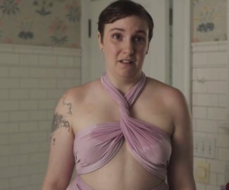 Girls: l'attrice Lena Dunham in Wedding Day