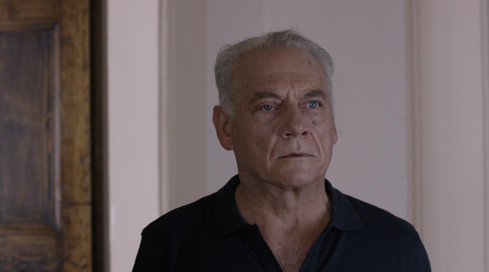 Come saltano i pesci: Giorgio Colangeli in una scena del film