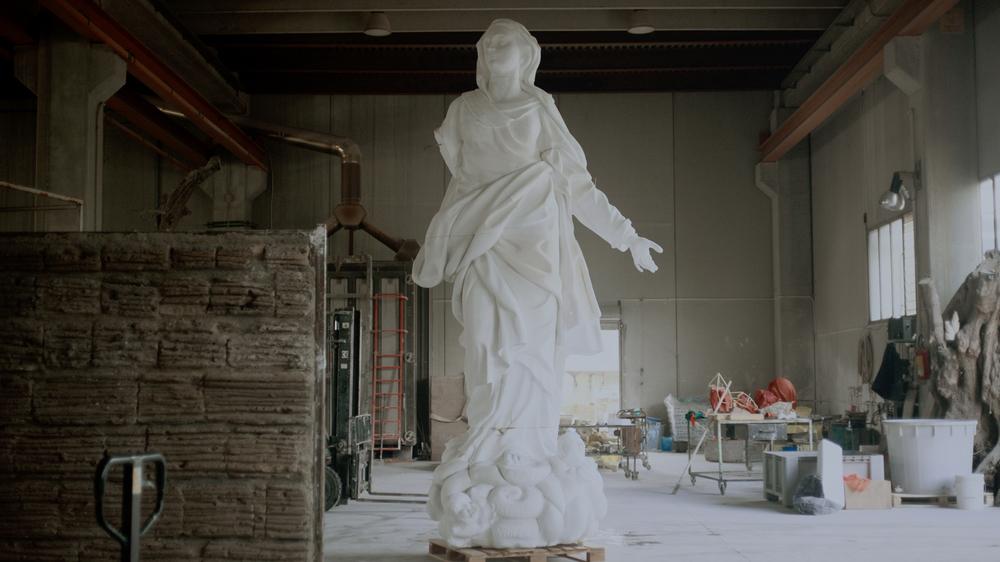 L'infinita fabbrica del Duomo: una scena tratta dal documentario