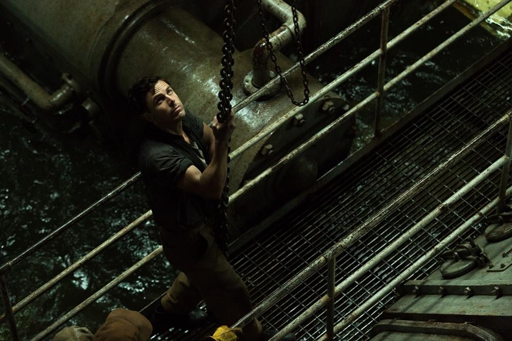 L'ultima tempesta: Casey Affleck in un momento del film