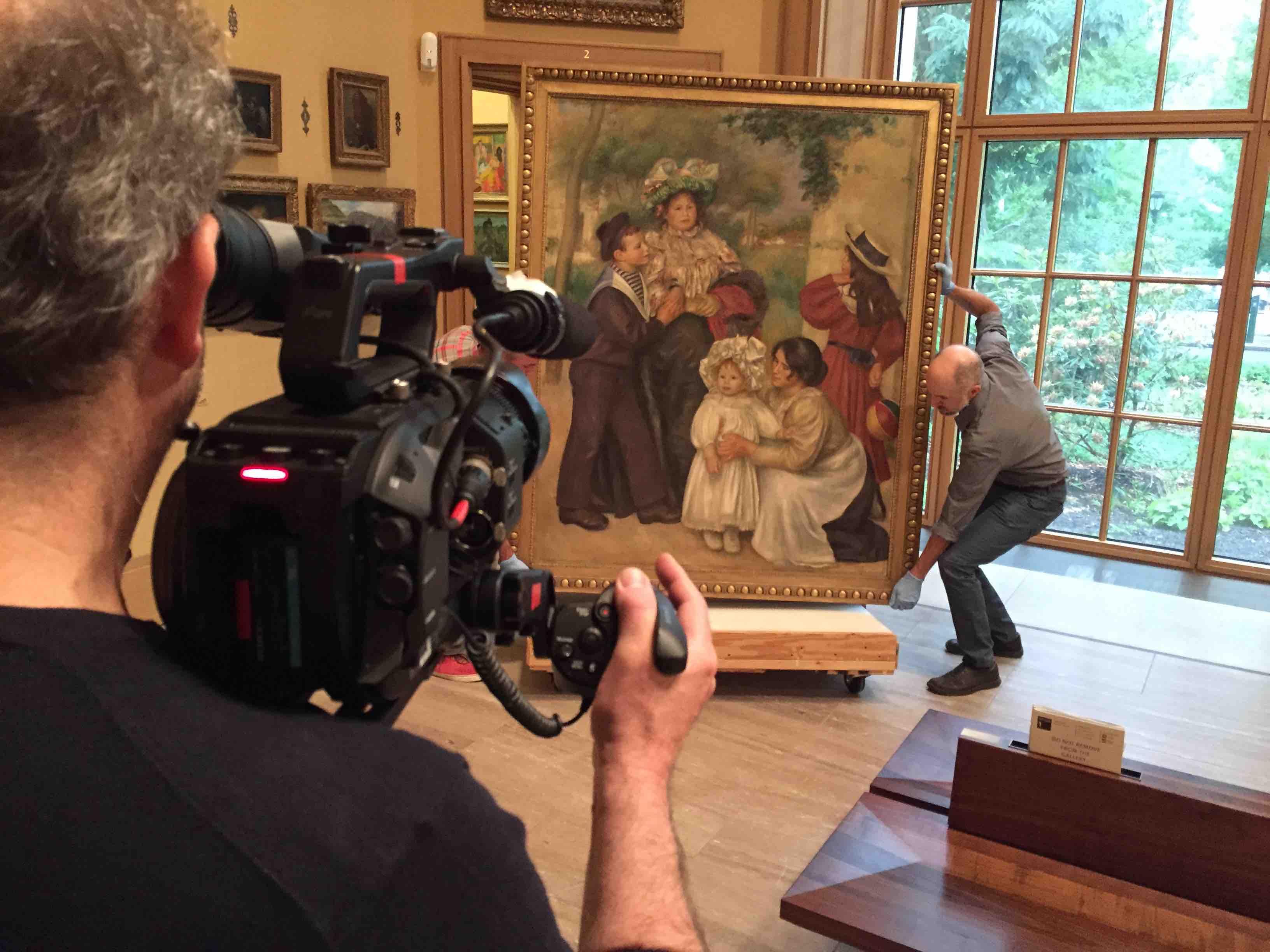 Renoir: oltraggio e seduzione, un'immaginedal set del documentario