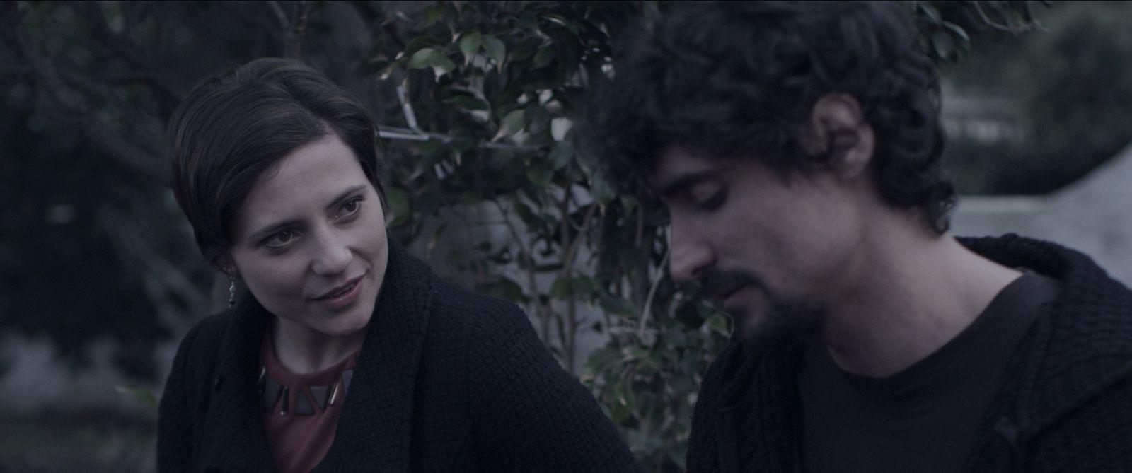 Sp1ral: Marco Cocci e Mariagrazia Pompei in una scena del film