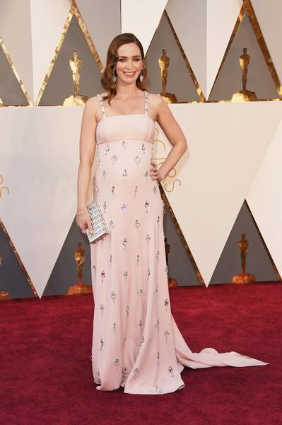 Oscar 2016: Emily Blunt sul red carpet