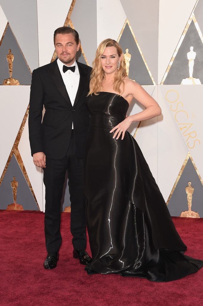 Oscar 2016: Kate Winslet e Leonardo DiCaprio insieme sul red carpet