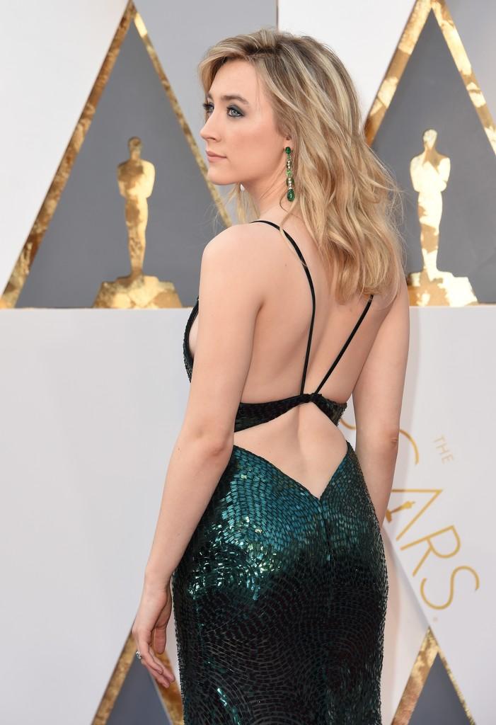 Saoirse Ronan sul red carpet degli Academy Awards 2016