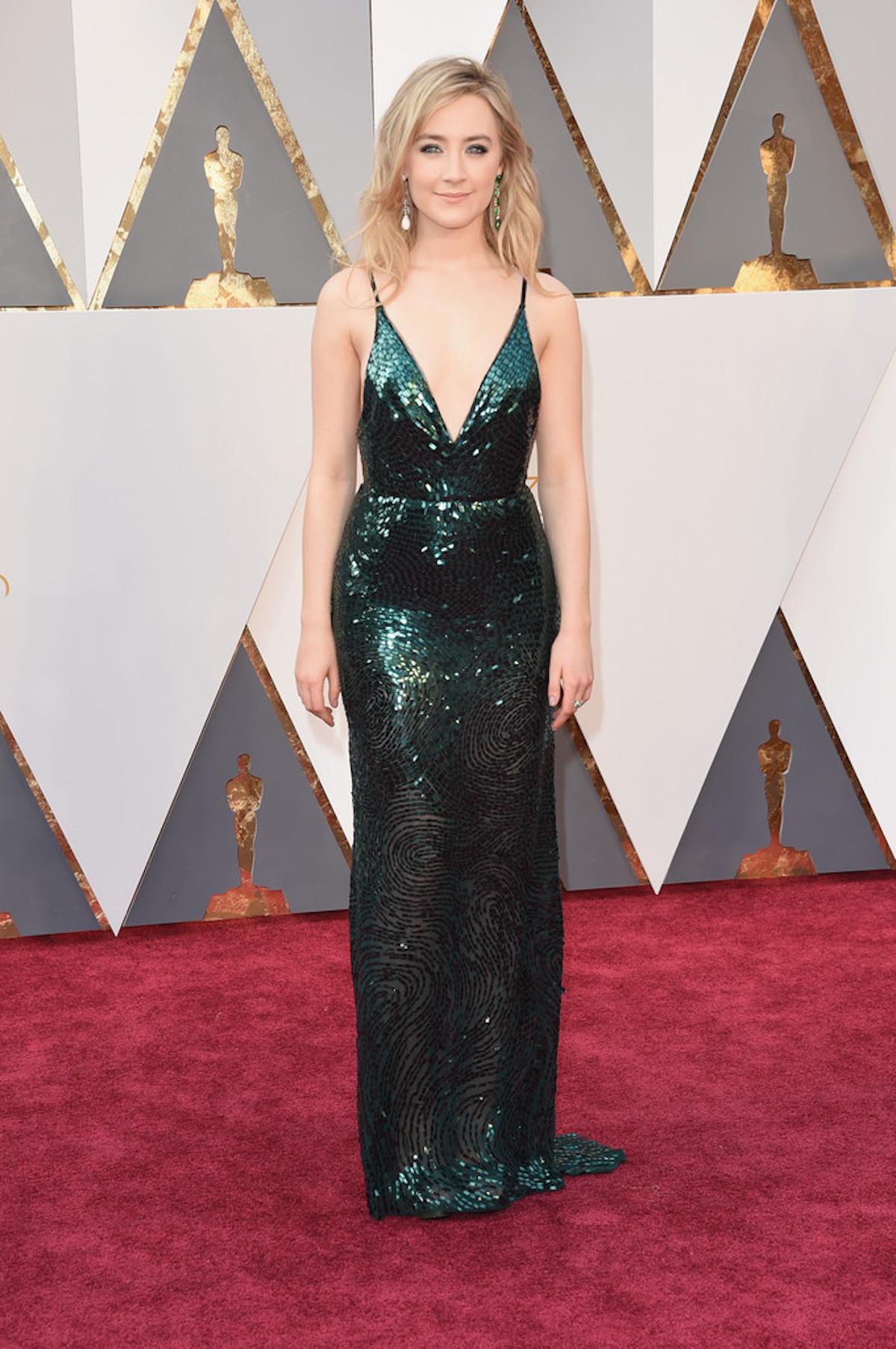 Oscar 2016: Saoirse Ronan sul red carpet