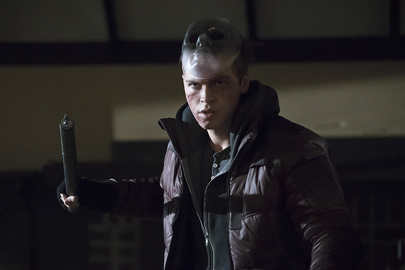 Arrow: l'attore Alexander Calvert nell'episodio Blood Debts
