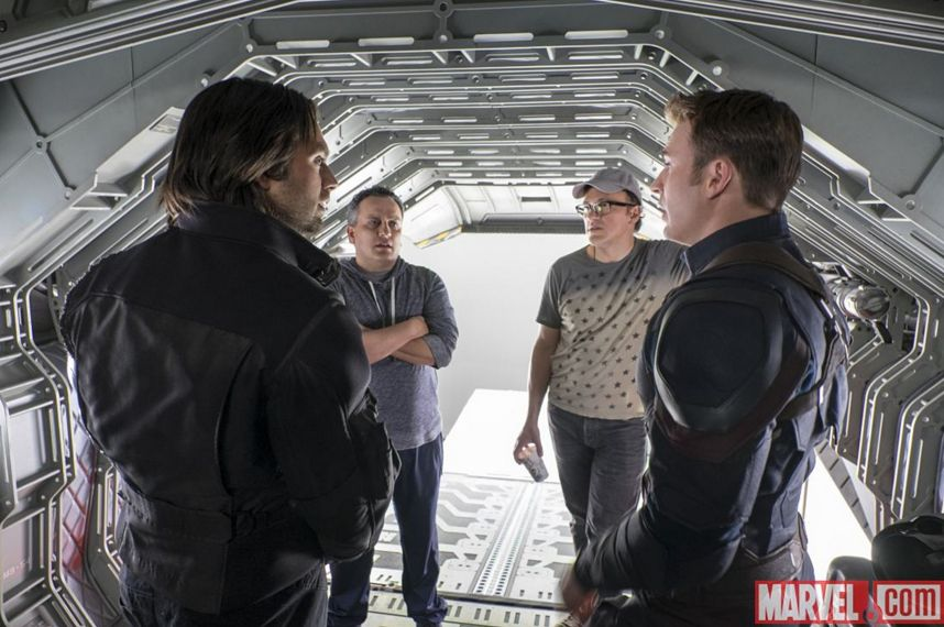 Captain America: Civil War - Sebastian Stan e Chris Evans sul set con i fratelli Russo