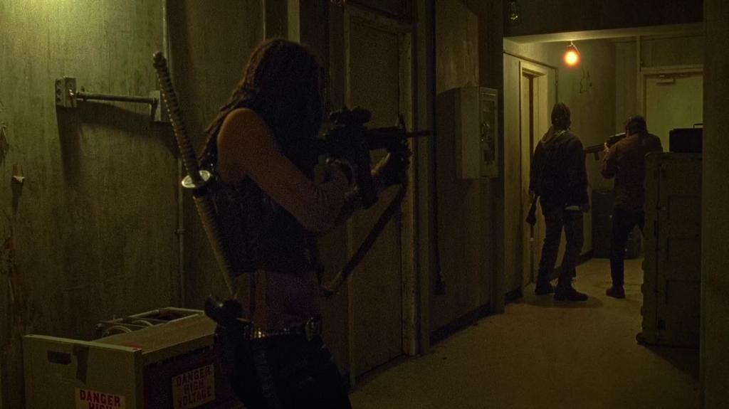 The Walking Dead: l'attacco al rifugio dei Salvatori in Not Tomorrow Yet