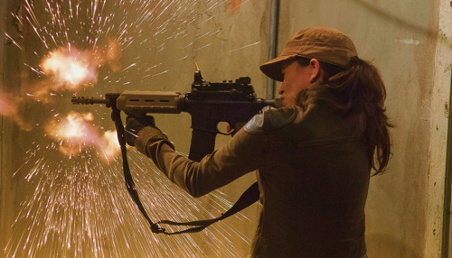 The Walking Dead: Rosita in azione in Not Tomorrow Yet