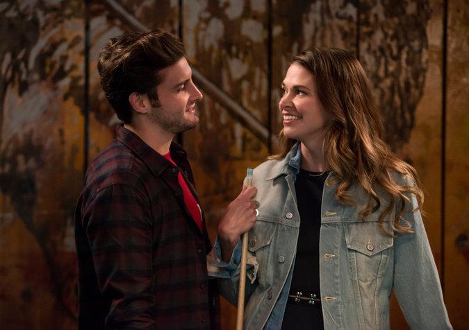 Younger: Nico Tortorella e Sutton Foster interpretano Josh e Liza