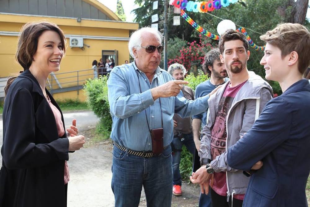 Abbraccialo per me: Stefania Rocca, il regista Vittorio Sindoni, Moisè Curia e Giulia Bertini sul set del film