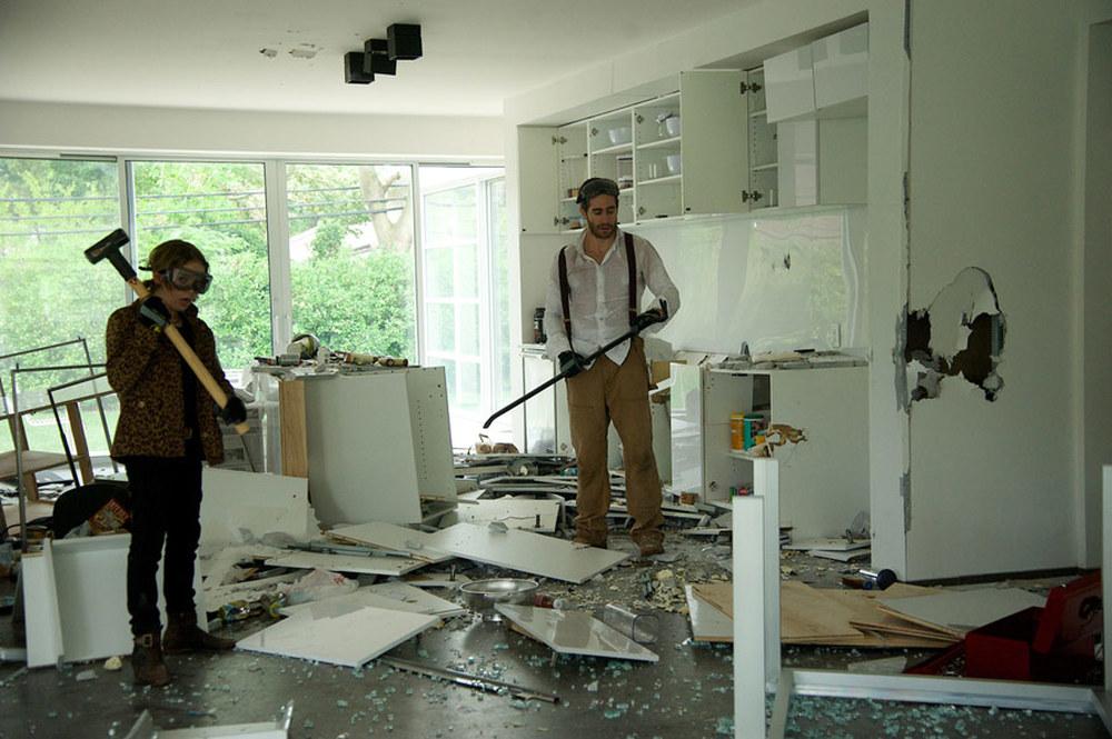 Demolition: Jake Gyllenhaal e Judah Lewis in una scena del film