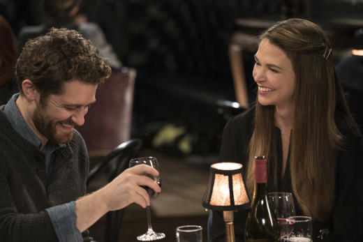 Younger: l'attrice Sutton Foster in un'immagine della seconda stagione