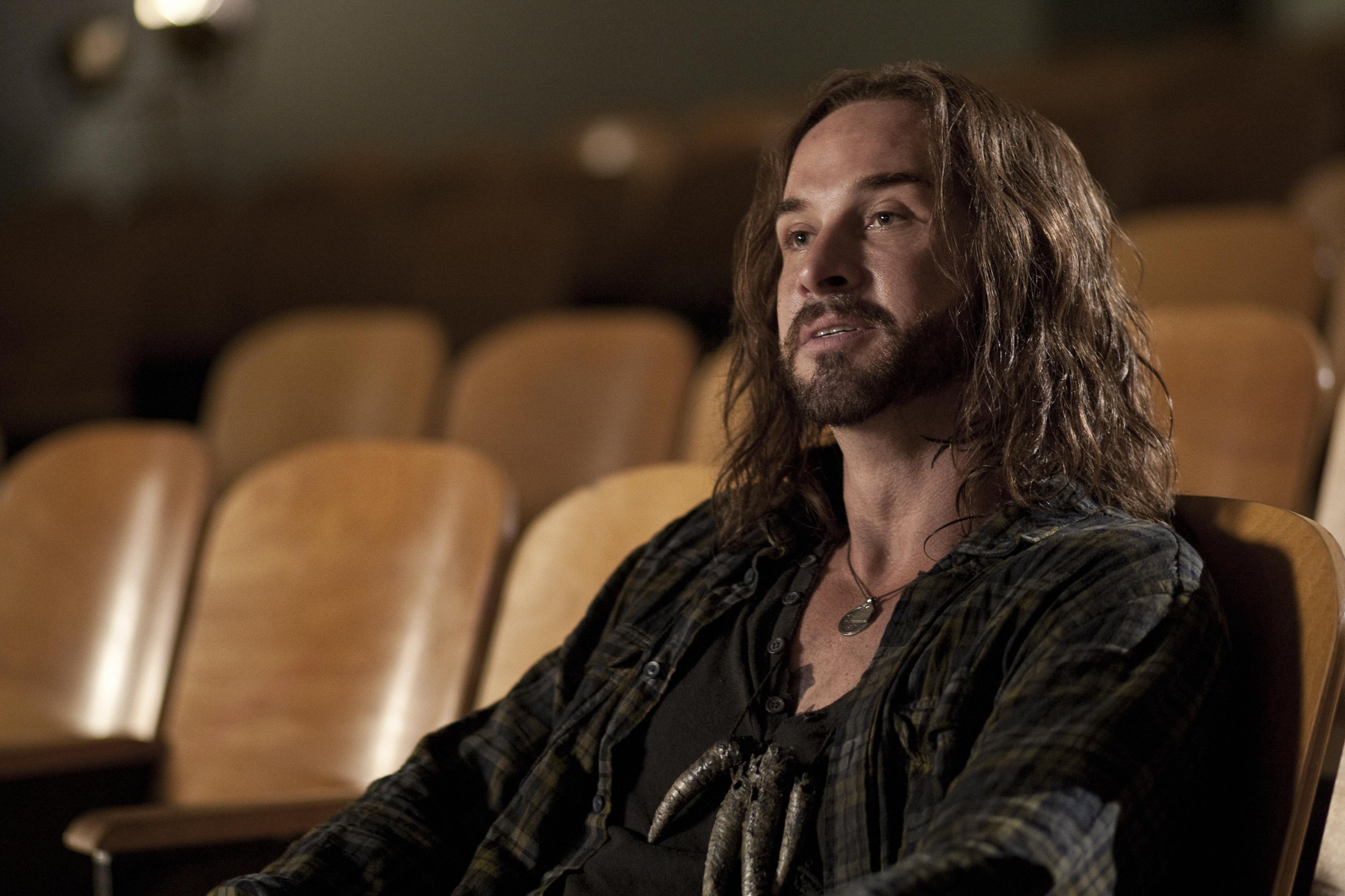 Falling Skies: l'attore Colin Cunningham interpreta John Pope