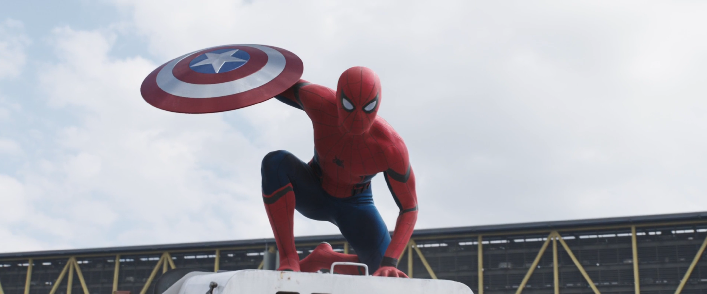Captain America: Civil War: la prima apparizione di Spider-Man nel trailer 2 del film