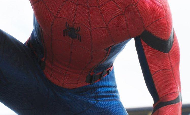 Captain America: Civil War - il costume indossato da Tom Holland