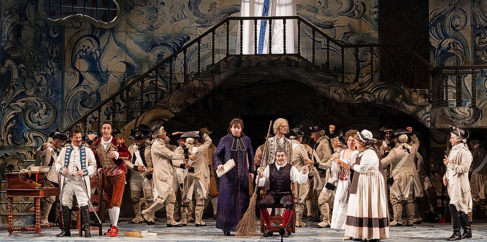 Teatro Regio di Torino: Il Barbiere di Siviglia, una scena dello spettacolo