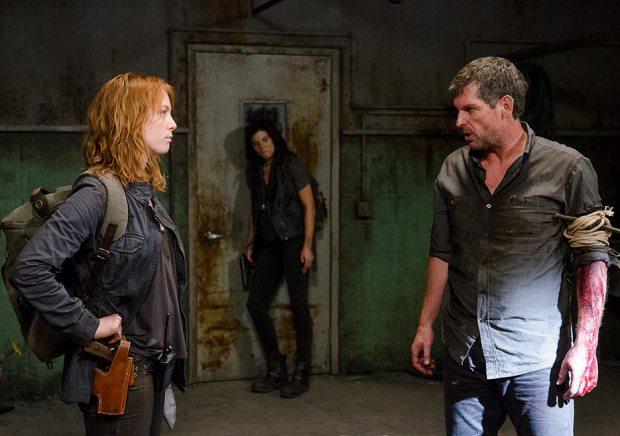 The Walking Dead: i Salvatori discutono su come agire nell'episodio Nella stessa barca