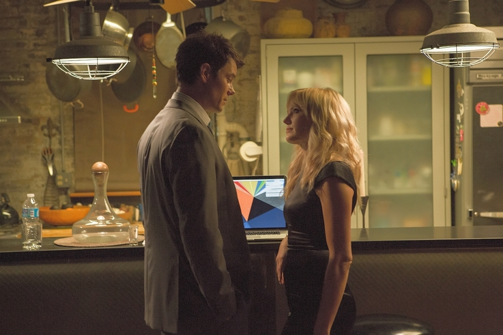 Misconduct: Malin Akerman e Josh Duhamel in un momento del film
