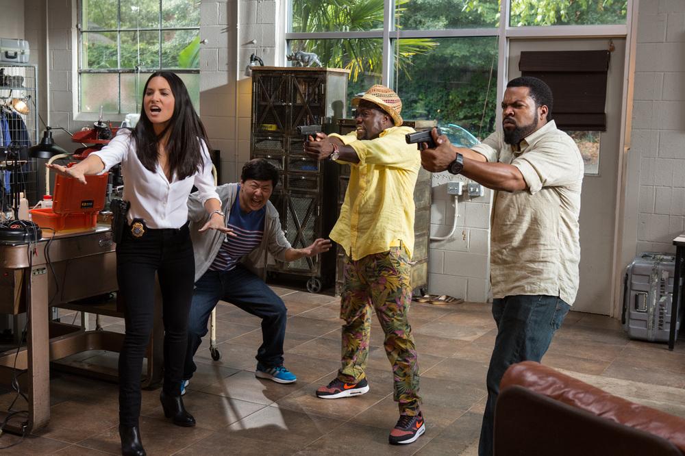 Un poliziotto ancora in prova: Olivia Munn, Ken Jeong, Kevin Hart e Ice Cube in una scena del film