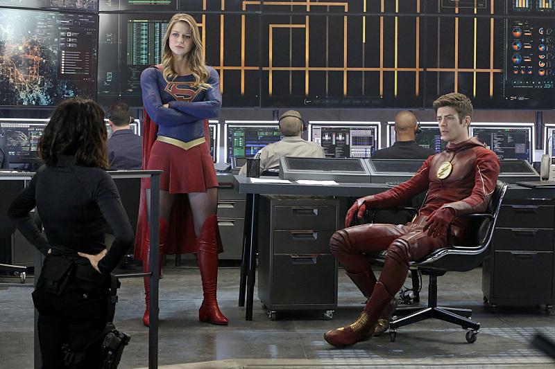 Supergirl: Melissa Benoist e Grant Gustin in World's Finest