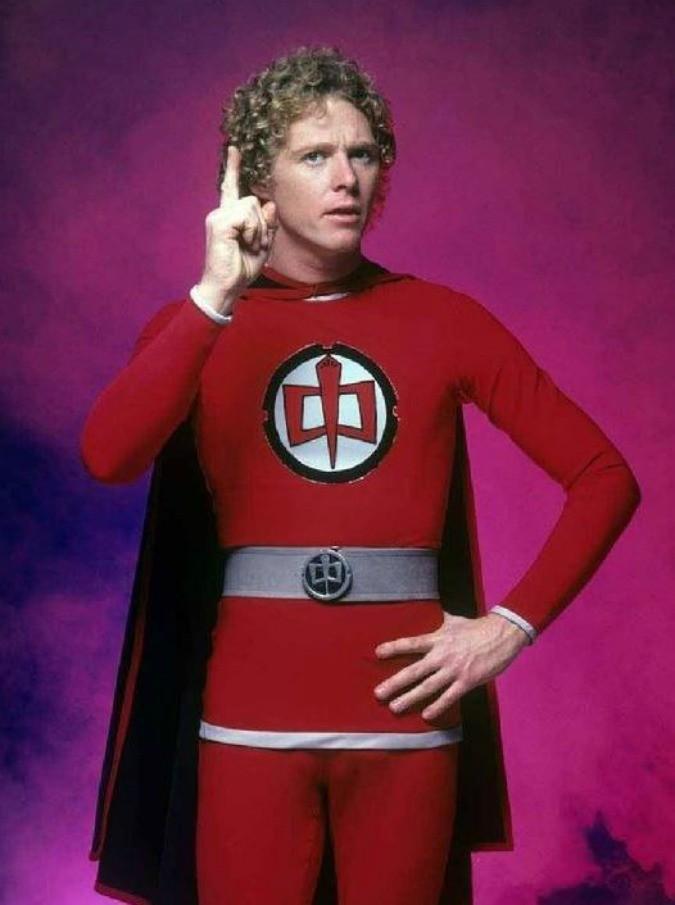 Ralph supermaxieroe: il protagonista William Katt