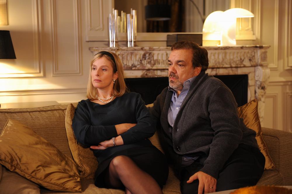 Benvenuti... ma non troppo: Didier Bourdon e Karin Viard in una scena del film