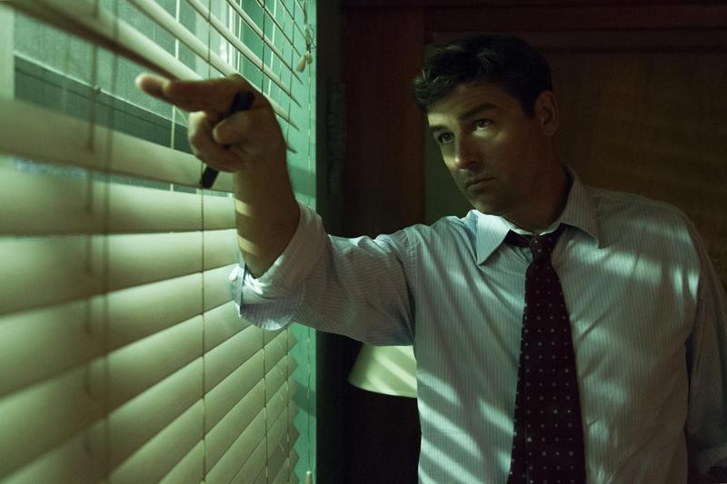 Bloodline: Kyle Chandler in una foto della seconda stagione