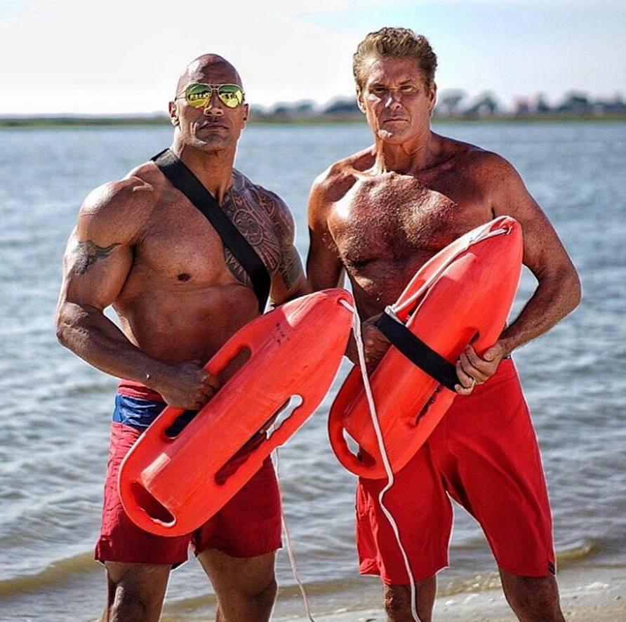Baywatch: The Rock e David Hasselhoff sul set