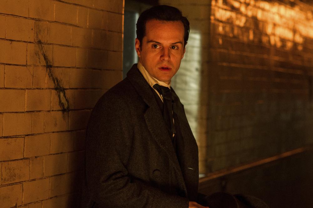 Victor - La storia segreta del Dottor Frankenstein: Andrew Scott in un momento del film