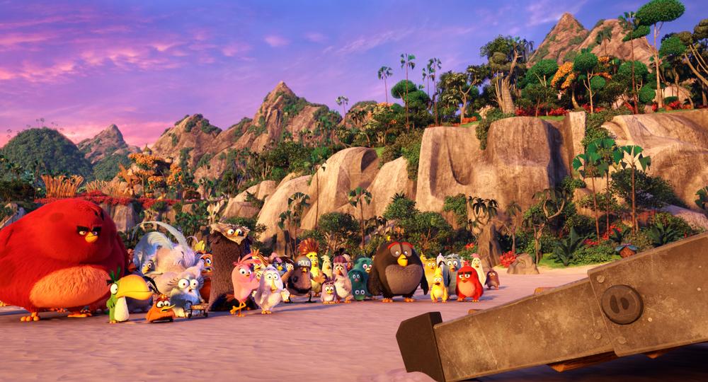 Angry Birds - Il film: una scena di gruppo del film d'animazione