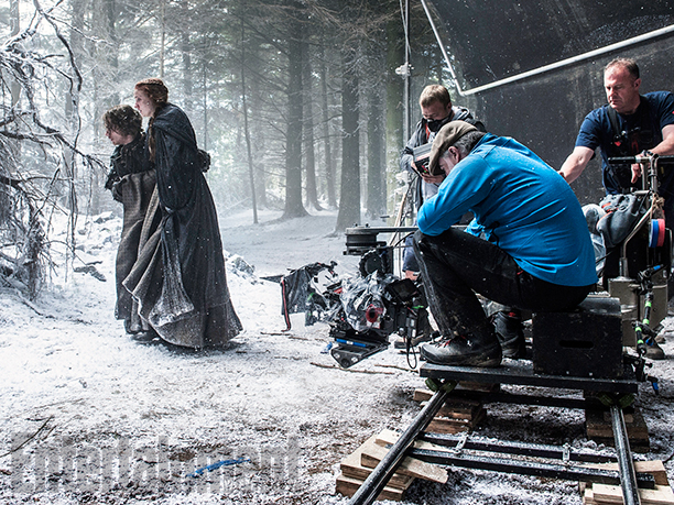 Il trono di spade: Sophie Turner e Alfie Allen durante le riprese