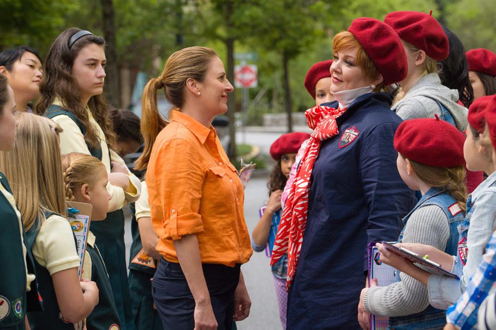 The Boss: Melissa McCarthy e Kristen Schaal in una scena del film